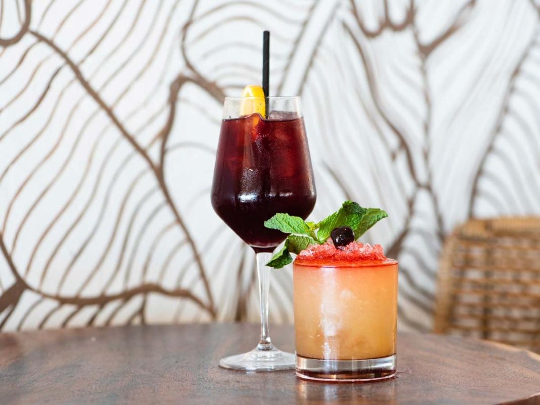 Las-Brisas-Cocktails