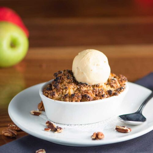 A Delicious Butterscotch Apple Crisp Recipe From One of Our Favorite Restaurant
