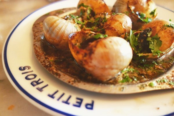 Petit Trios Review, Escargot anyone?