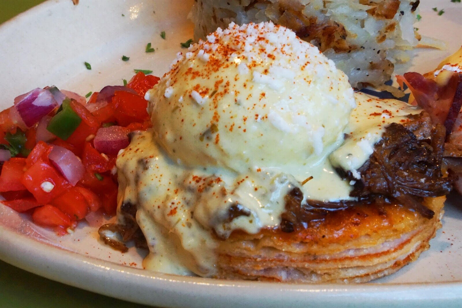 O.C. Foodies Flock to Snooze Eatery for Brunch with a Creative Twist
