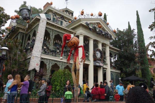 haunted mansion christmas