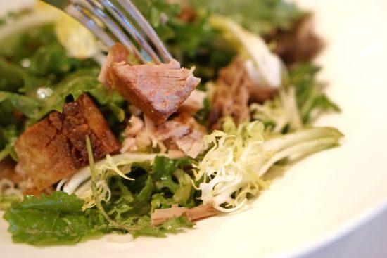 oak grill pork kale