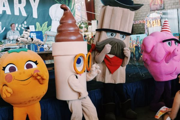 A Gallery of all the Fun & Food from This Years OC Fair Visit 22