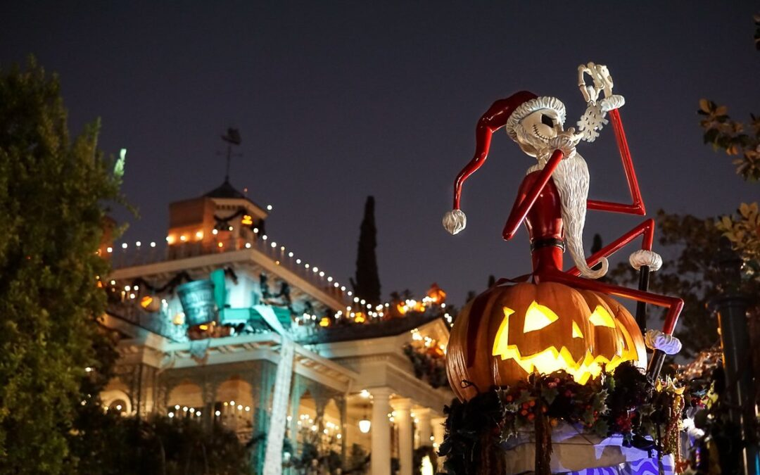 Why You Should Plan Your Disney Vacation for Disneyland Halloween