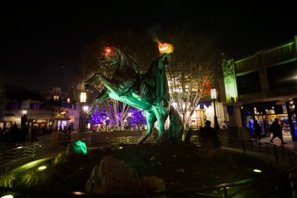 disneyland halloween headless horseman
