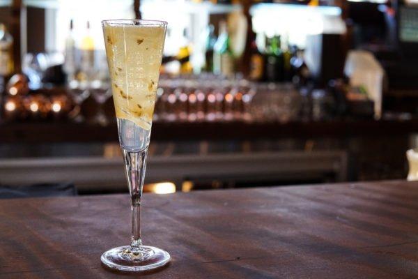 sapphire champagne