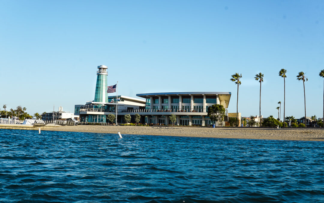 Dock and Dine As You Enjoy a Boat Ride To Lighthouse Bayview Cafe