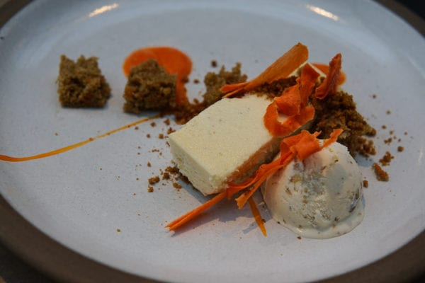 five crowns carrot cheese cake