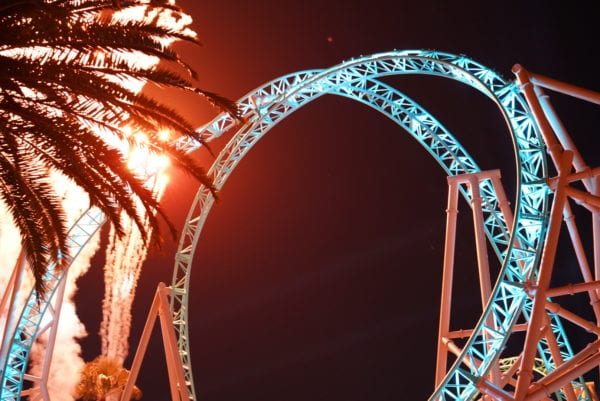 Hangtime at Knotts Berry Farm Opens as California's Only Dive Coaster and it's Terrifying! 4