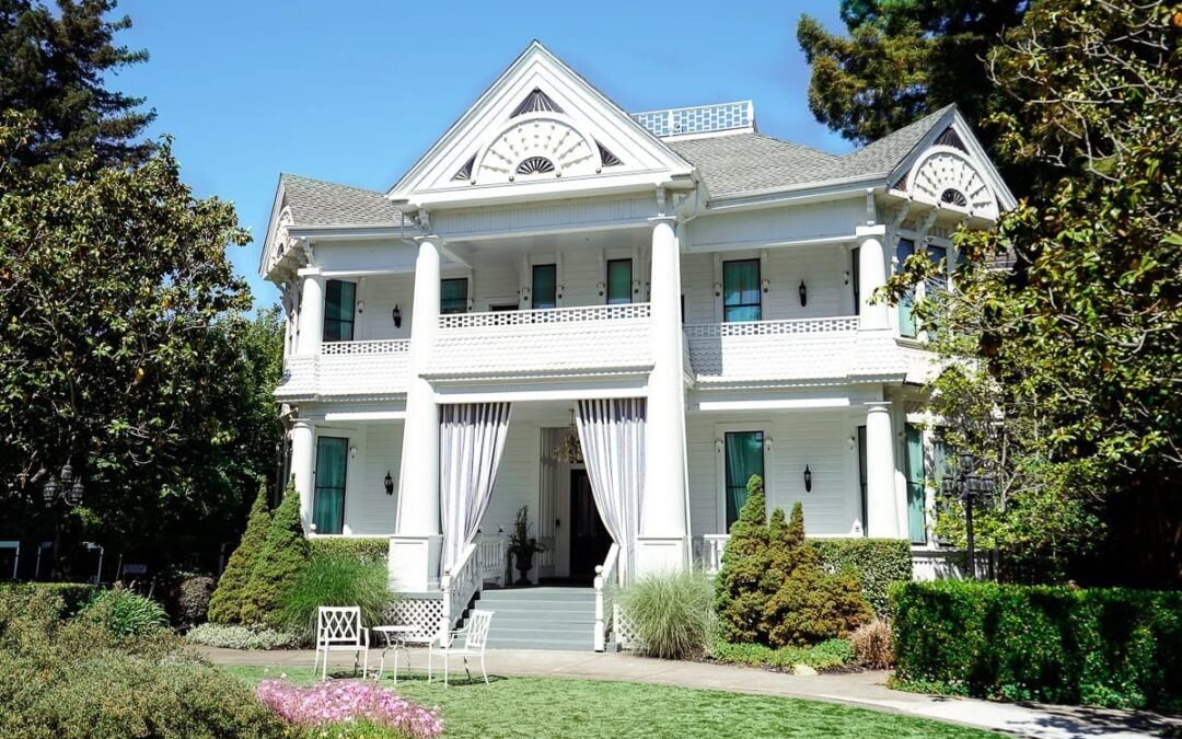 Discover Why This Victorian House is one of the Most Charming Hotels in Napa