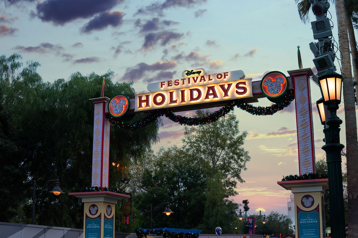 Get in the Christmas Spirit at the Top 5 Merriest Holiday Events in Southern California 1