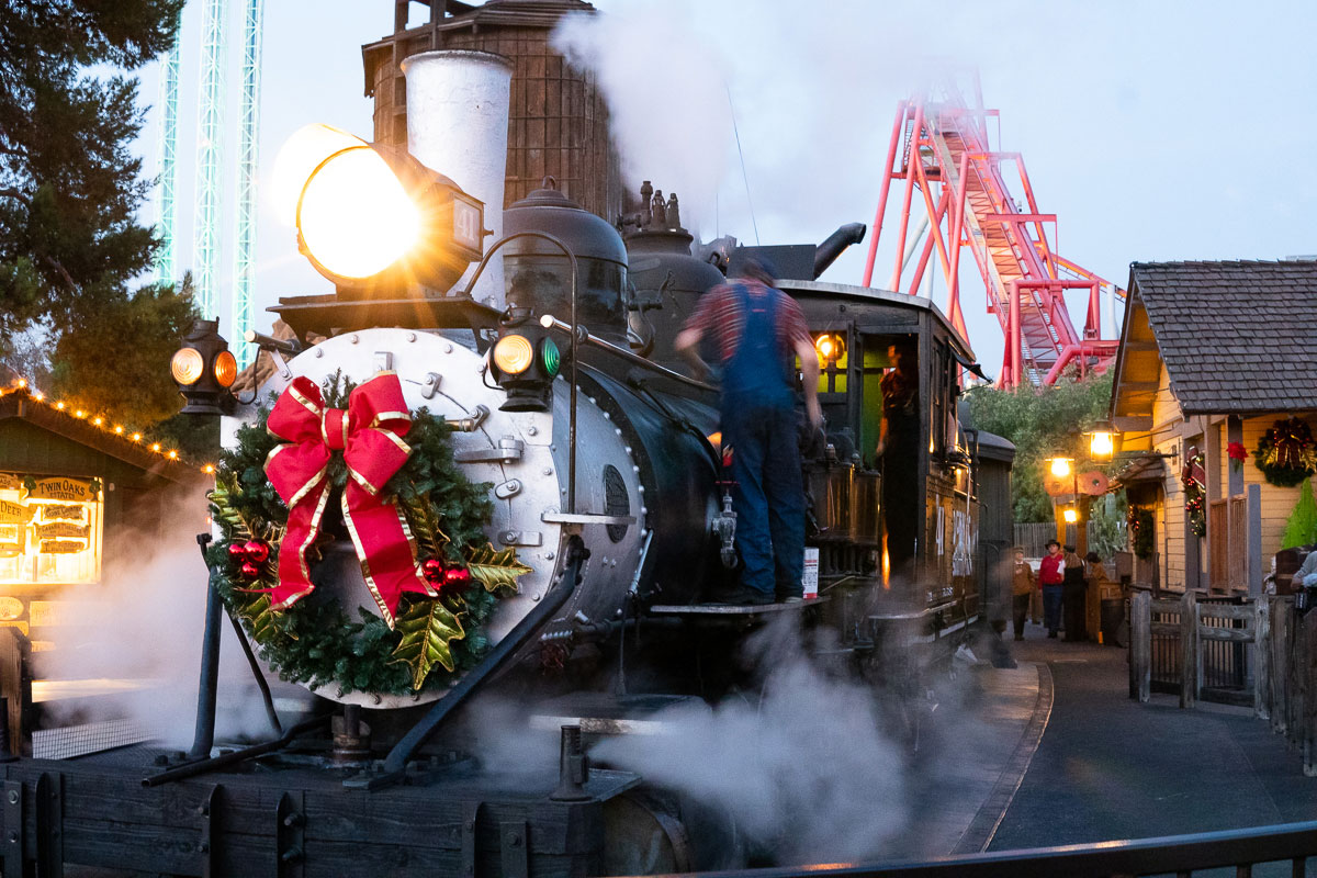 Knott's Merry Farm is Back and Its Better Than Ever!