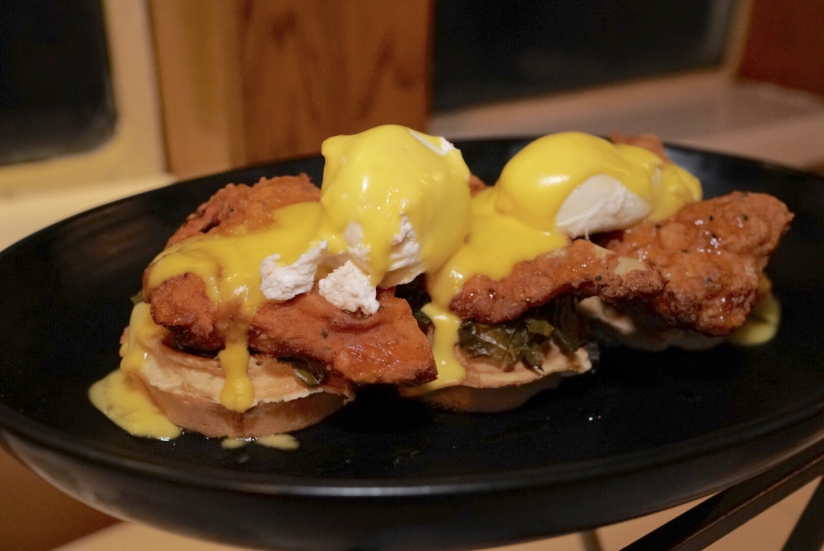 queen mary chicken waffles
