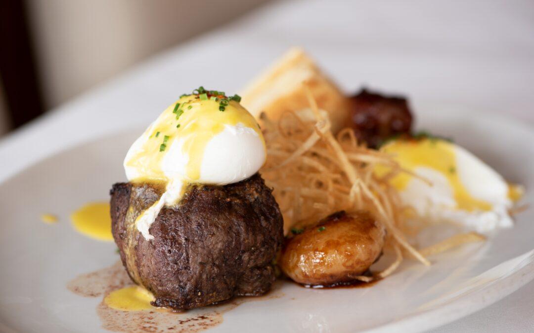 We Found Our New Favorite Brunch Spot at Selanne Steak Tavern in Laguna Beach