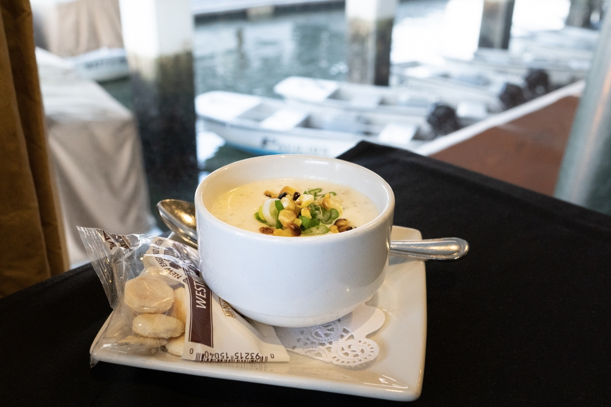 Harborside-Clam-Chowder