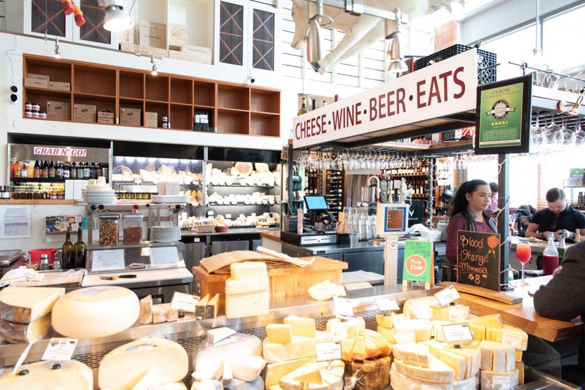 Napa-Oxbow-Cheese-market