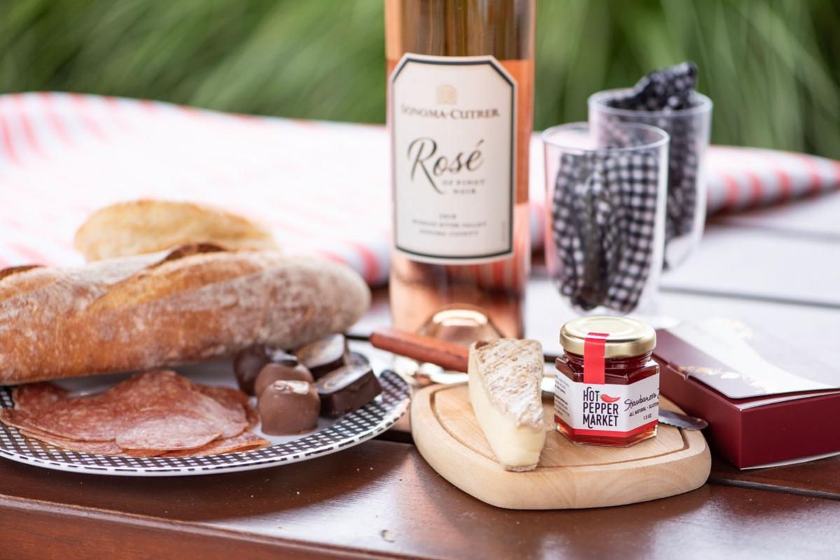 Napa-picnic-cheese