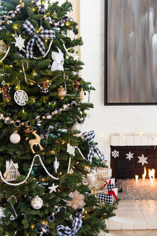 Christmas-Tree-Black-White-Plaid-ideas