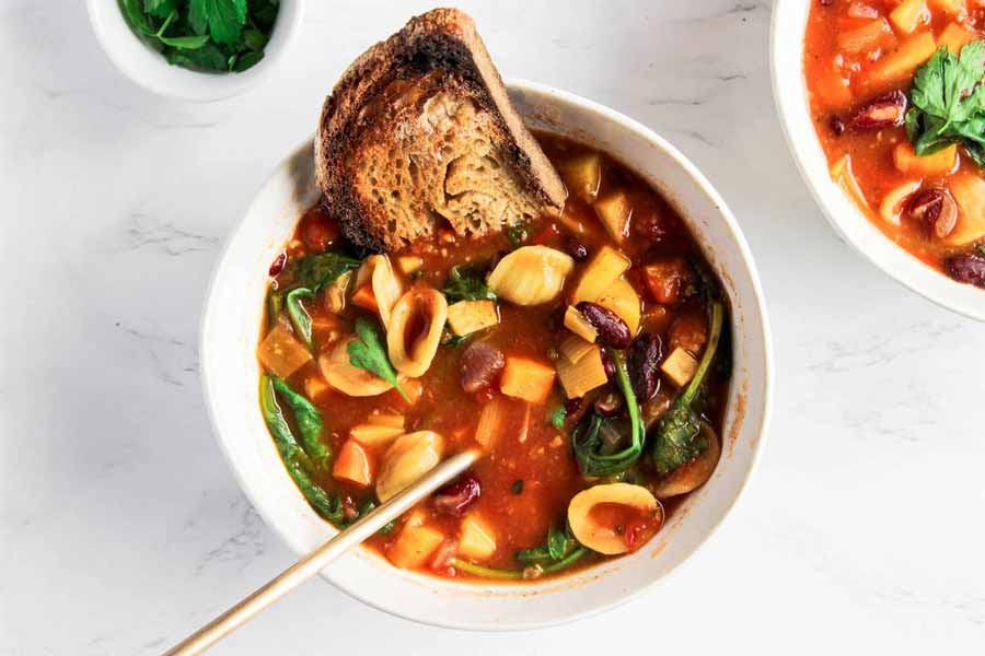 Vegan-Minestrone-Soup-by-About-Annella
