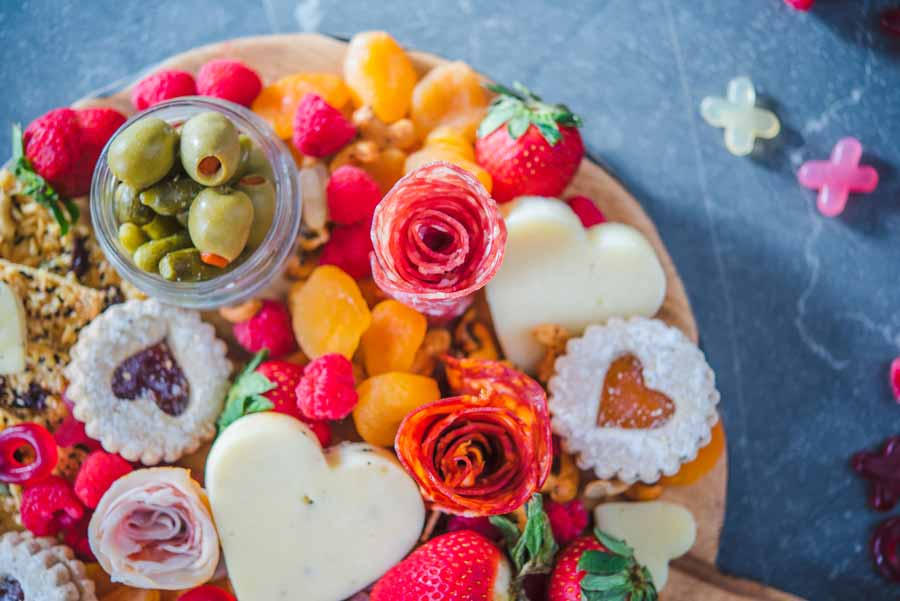 How-to-make-salami-roses