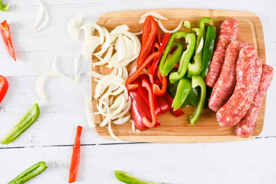 Sausage-and-peppers-ingredients