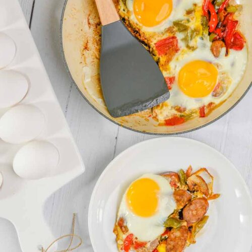 Easy Breakfast Sausage and Peppers Skillet
