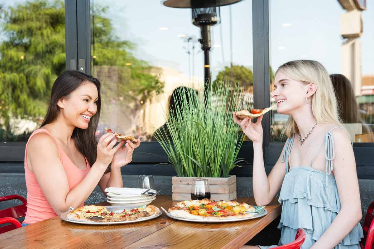 Pitfire Pizza in Costa Mesa Introduces New Summer Menu with Irresistible Dishes