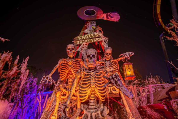 Knotts Scary Farm 2021 Is Back For a Spooktacular Return to the Park! 2