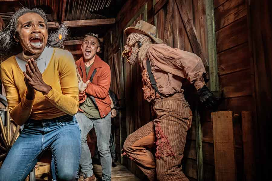 knotts-scary-farm-mazes