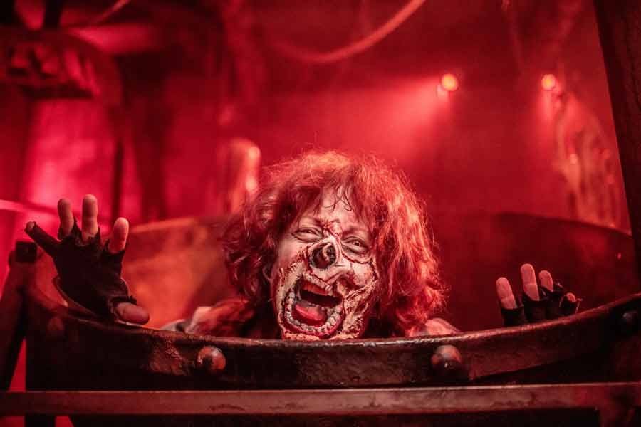 Knotts Scary Farm 2021 Is Back For a Spooktacular Return to the Park! 1